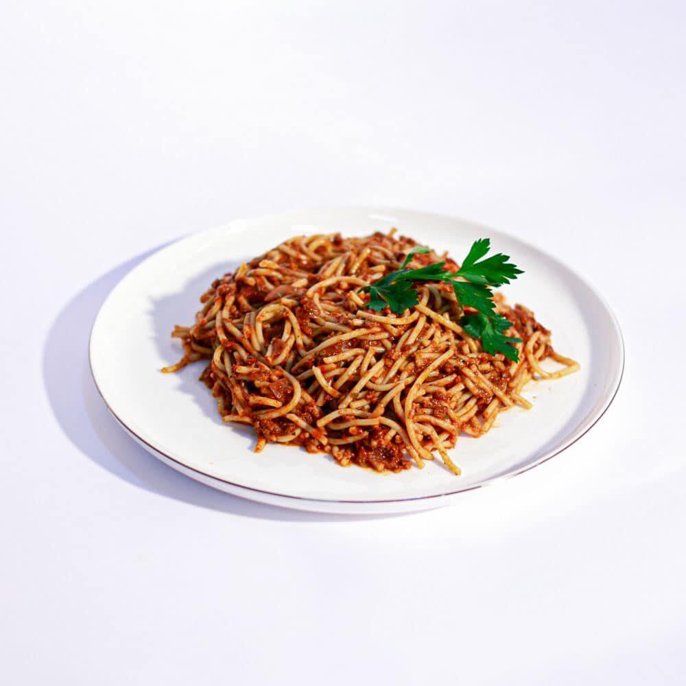 ספגטי בולונז ברוטב עגבניות ובשר בקר